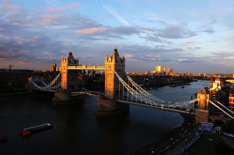 Landscape & Travel - Tower Bridge